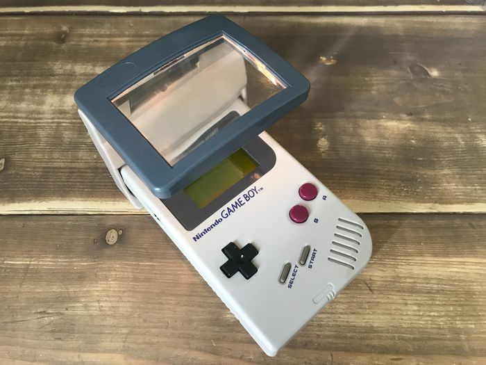 1 Nintendo Gameboy Classic + magnifying glass - Console