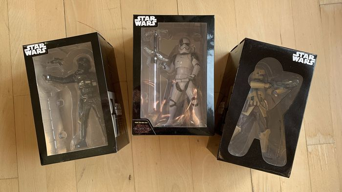Star Wars - Lot of 3 - First Order Stormtrooper / Shoretrooper / Death Trooper - Bandai, Sega - Statuetta(e) Japan Exclusive - 20 cm each - new in box