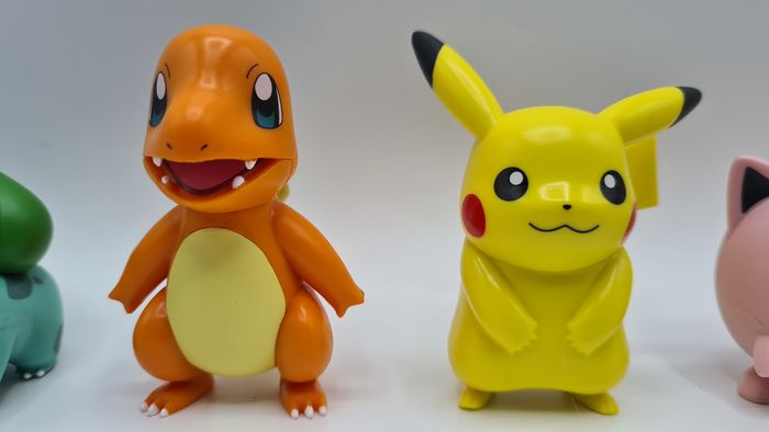 6 Pokemon China Exclusive - Pikachu-Tortank-Bulbasaur-Salameche-Psychokwak-Rondoudou - Dans la boîte d'origine