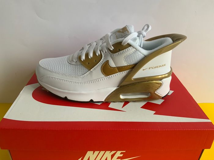 Nike - Nike Air Max 90 Flyease White Gold Sneakers - Size: 38.5