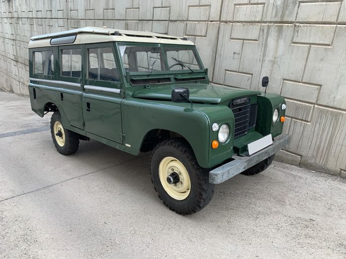 Preview of the first image of Land Rover - Santana 109 Especial Serie III - 1977.