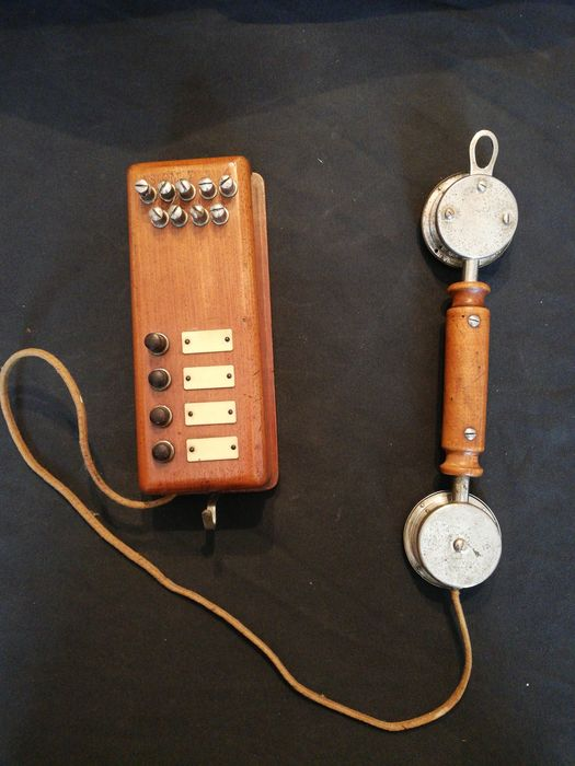 Telephone, interconnection system. - Wood