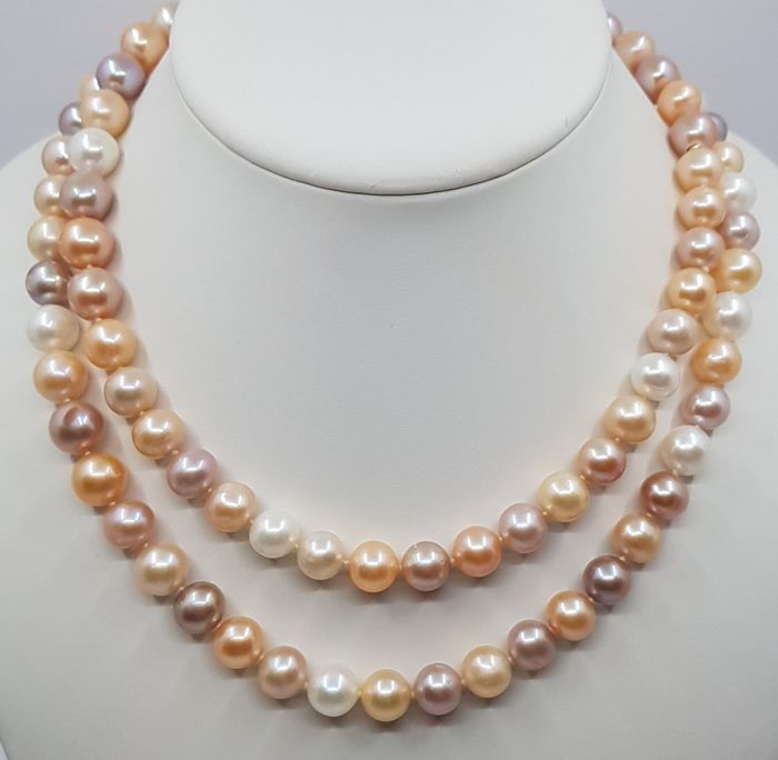 United Pearl - Perles multicolores 10x11mm - Collier long