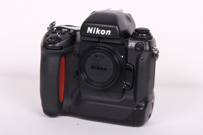 Nikon F 5 body in absolute nieuwstaat