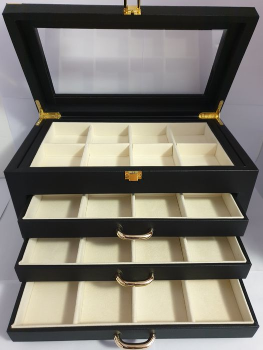 Italia - Box-Casket for medals 32 places