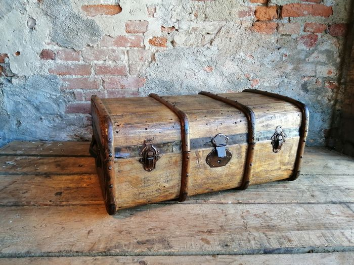 Italian colonial trunk from the early 1900s
