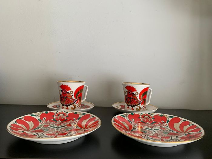 Lomonosov Imperial Porcelain Factory - Champagne glazen, 2 firebird cups and saucers and 2 wall plates - Russian porcelain