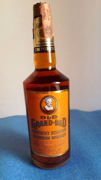 Old Grand Dad Straight Bourbon Whiskey - b. late 1970s to early 1980s - 75cl