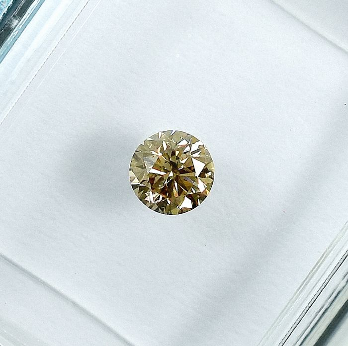 Diamant - 0.24 ct - Brillant - Natural Fancy Light Brown - Si1 - NO RESERVE PRICE
