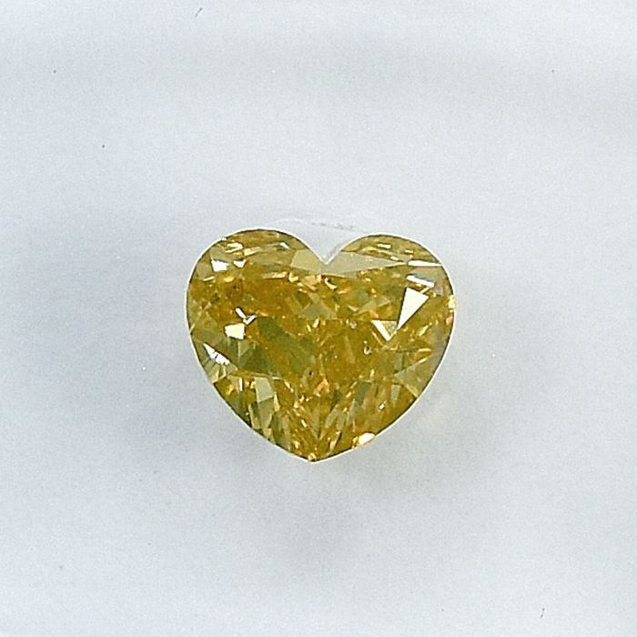 Diamant - 0.70 ct - Herz - Natural Fancy Light Orangy Yellow - Si2 - NO RESERVE PRICE