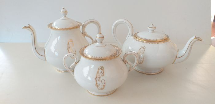 tea service (3) - Porcelain