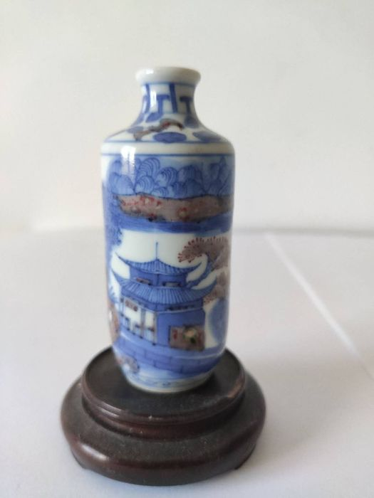 Snuff bottle - Blue and white, Copper red - Porcelain - landscape scene - China - 19th century
