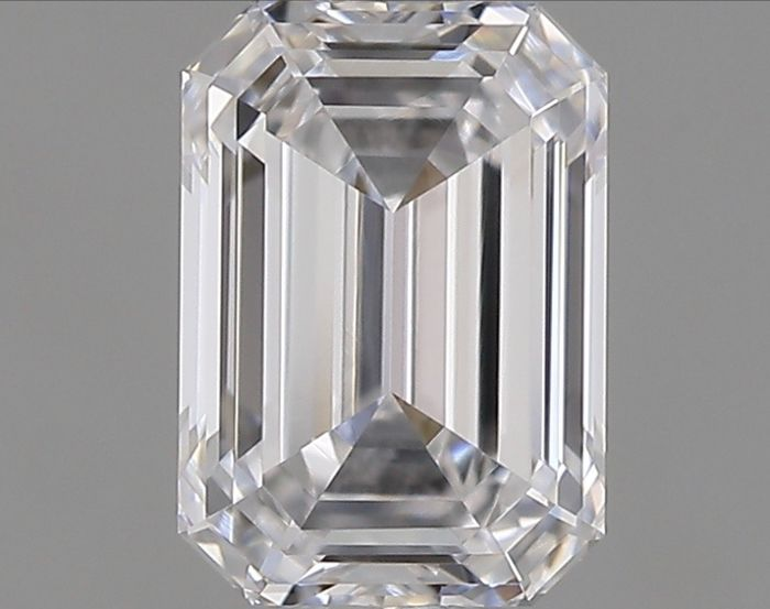 1 pcs Diamond - 0.57 ct - Emerald - D (colourless) - IF (flawless)