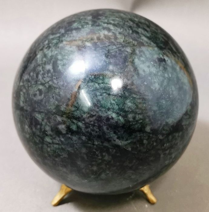 Serpentine Natural Stone Healing Sphere - 95×95×95 mm - 1325 g - (1)