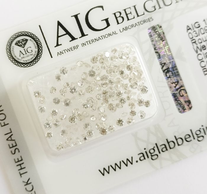 137 pcs Diamonds - 2.27 ct - Okrągły genialny - Mixed Colors - SI1-I2