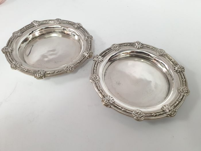 pair of plates - .950 silver - France - Second half 19th century