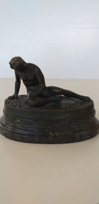 Sculpture, Galata dying (1) - Bronze, Marble - Early 20th century