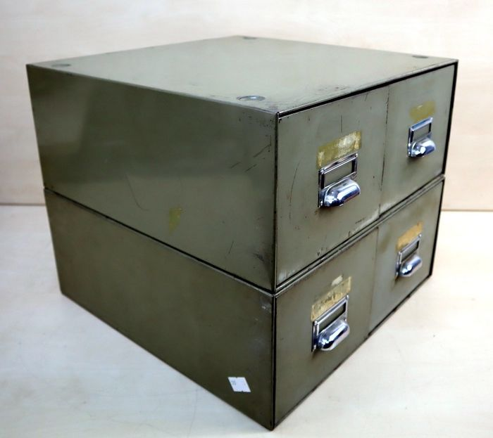 Industrial chest of drawers 2 x 2 (2)