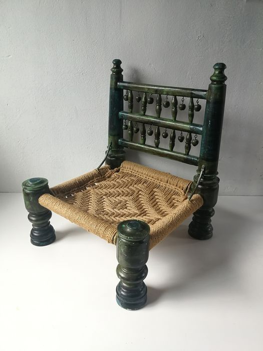 Pidha low chair - Handmade