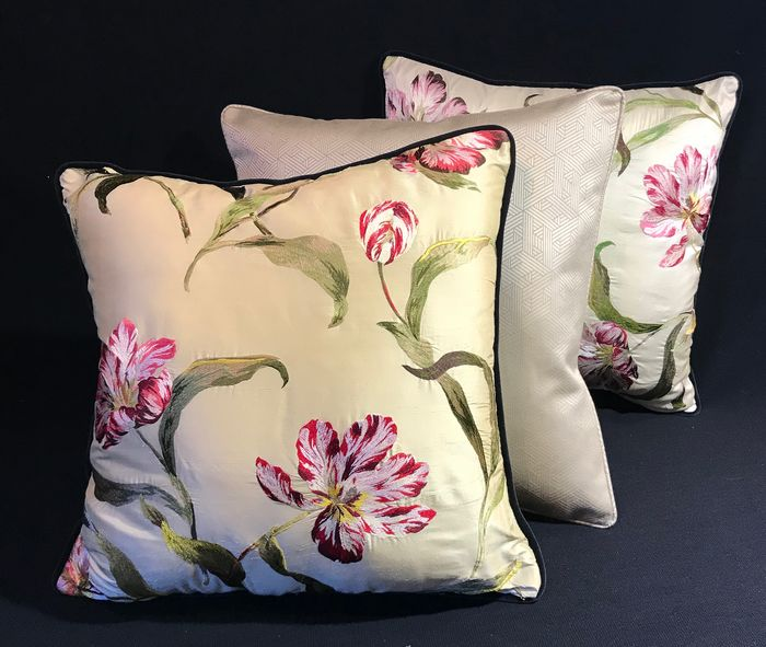 Three cushions | Hermès & Colefax and Fowler | limited edition