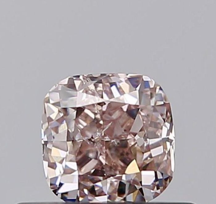 1 pcs Diamant - 0.42 ct - Coussin - fancy light brown pink - I1, ***champagne pink***