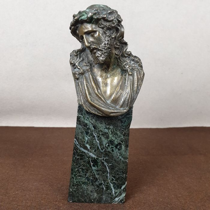 Sculpture, bust of Christ crowned with thorns - Bronze, Marble - Early 20th century