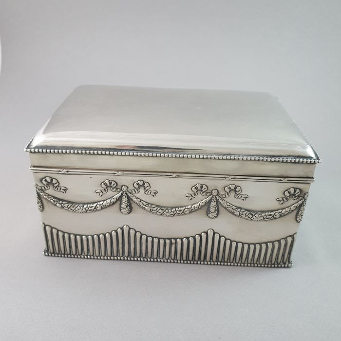 Box (1) - .925 silver - Europe - Late 19th century