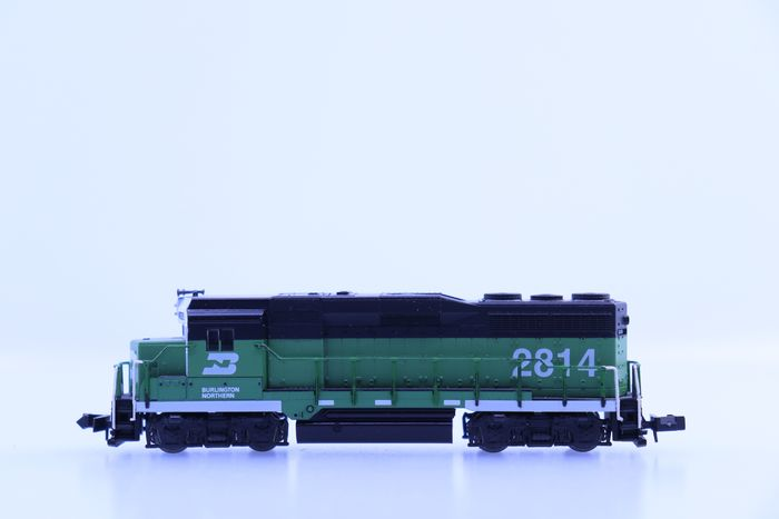 Atlas N - 4603 - Locomotive diesel - EMD GP35 - Burlington Northern