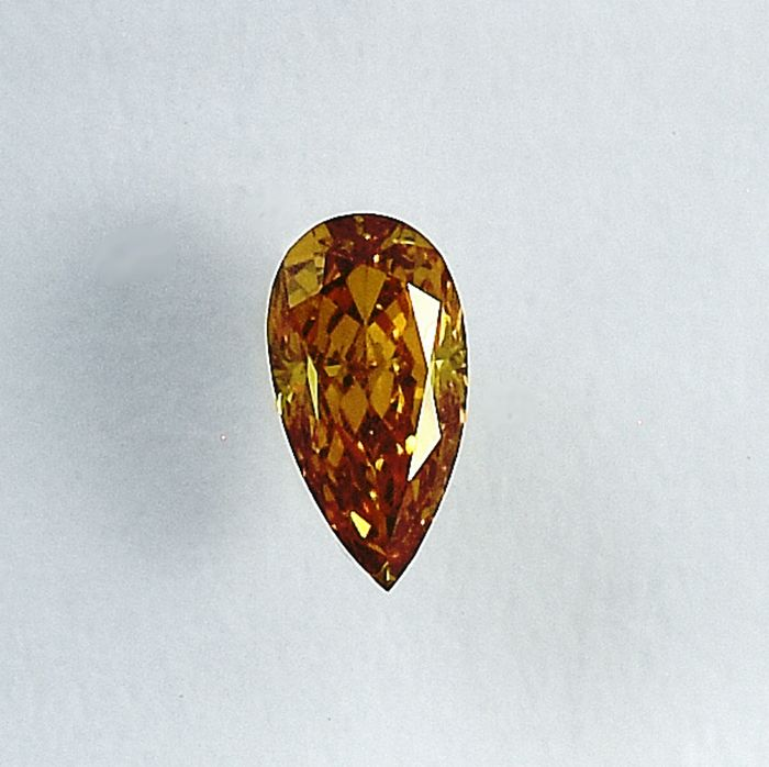 Diamond - 0.20 ct - Pear - Natural Fancy Orangy Yellow - SI2