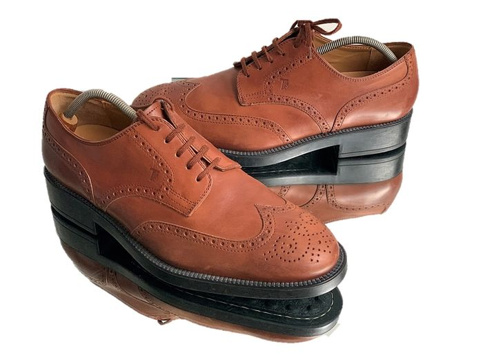 Tod's - Chaussures à lacets - Taille: Chaussures / UE 42.5