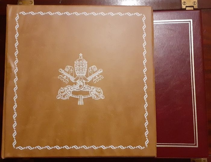 Vaticaanstad 1929/1993 - new collection on two Marini albums with mounts