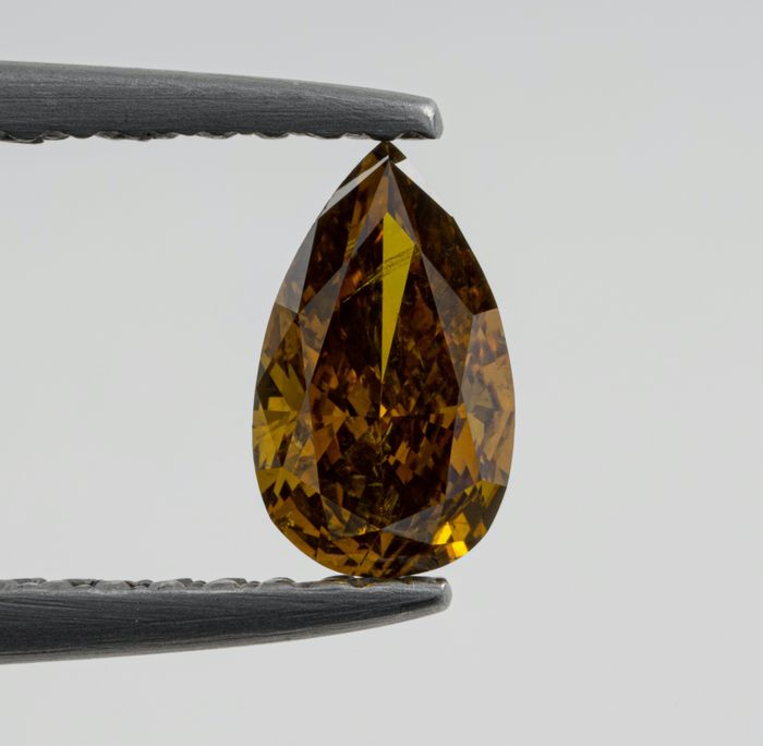Diamond - 0.54 ct - Pear - Natural Fancy Orangy Yellow - I1 - NO RESERVE PRICE