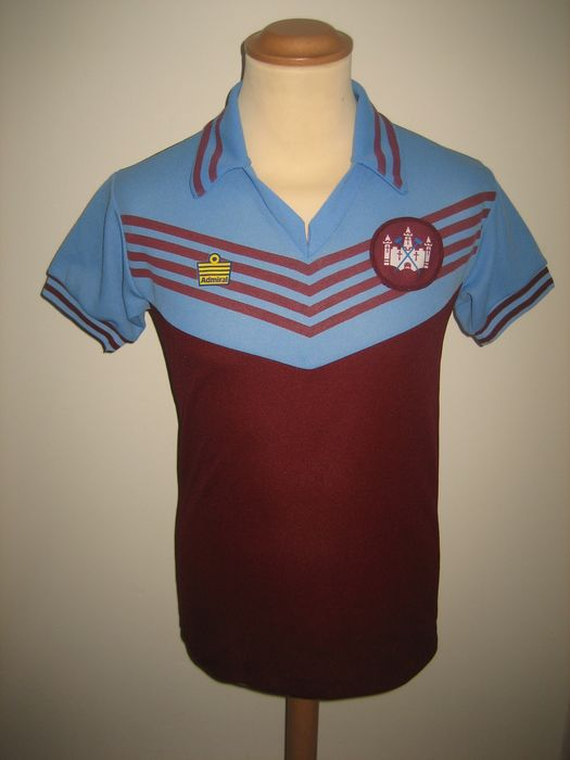 West Ham United - Engelse voetbal competitie - 1976 - Jersey
