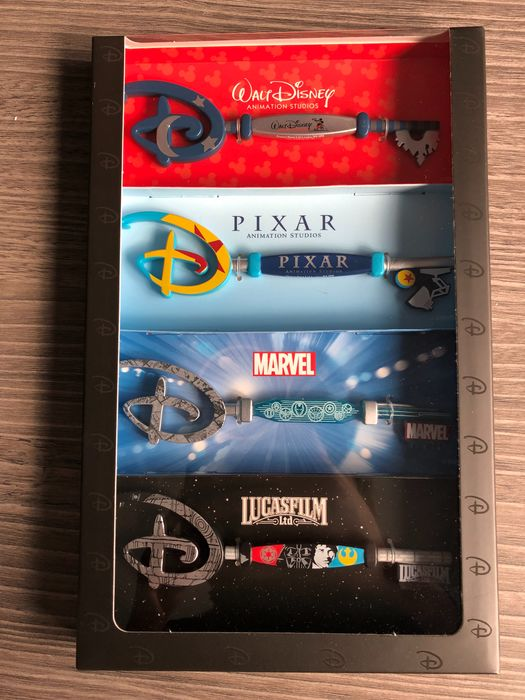 Disney Collector Keys - 4 Limited edition Disney keys
