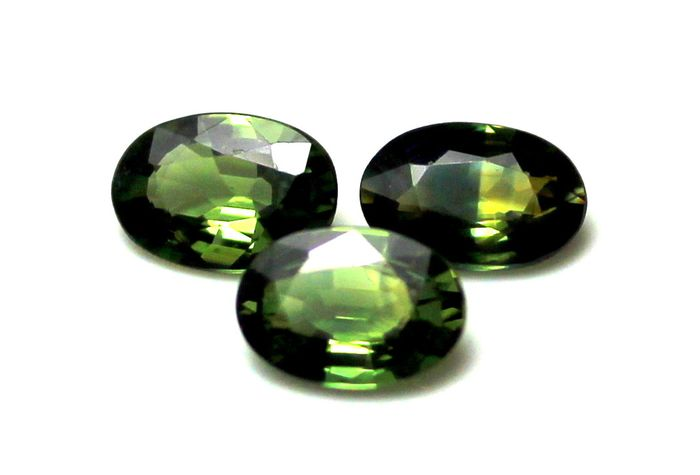 3 pcs  Zafiro - 1.45 ct