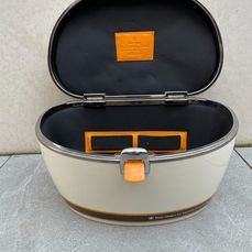 Veuve Clicquot Riva Cruiser Case in white - Champagne - 1 item