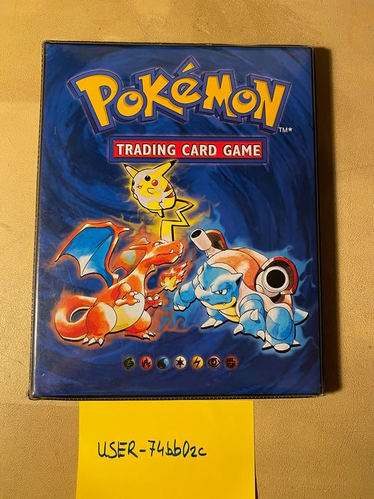 Wizards of the Coast - Album vide Original Empty Pokemon 1999 Vintage 4 pocket Card Folder Album WOTC Binder