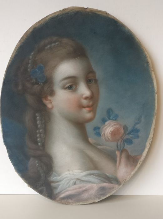 French school of the XVIII century, after François Boucher (1703–1770) - Portrait of a lady with pearls holding a rose