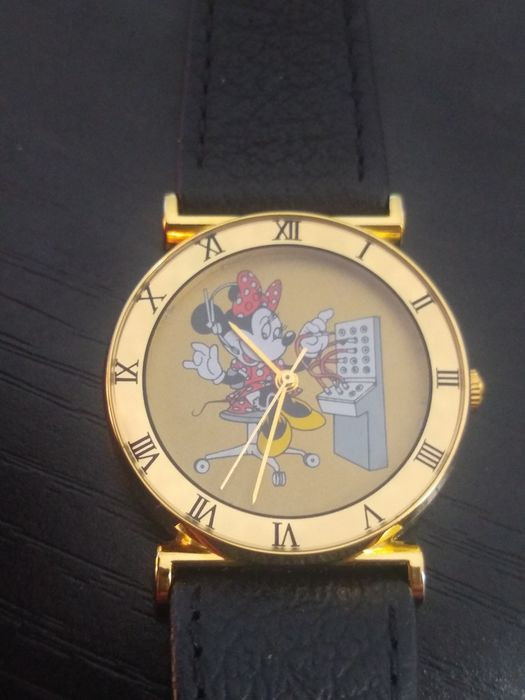 Mickey Mouse 025 out of 300 - Limited Edition Minnie Mouse Gold Bezel Wristwatch - (1993)