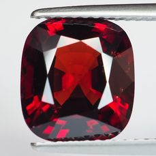 Ingen reserv - Burma - Vivid Red Spinel - 4.23 ct