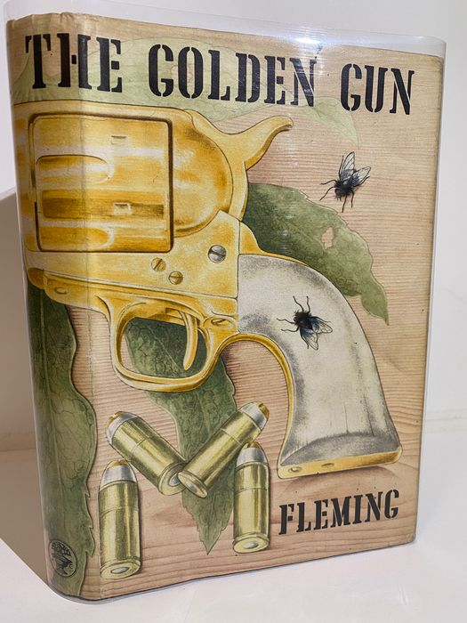Ian Fleming - The Man With The Golden Gun - 1965