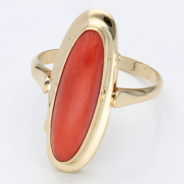 14 kt Gold - Ring - 2,31 ct rote Koralle