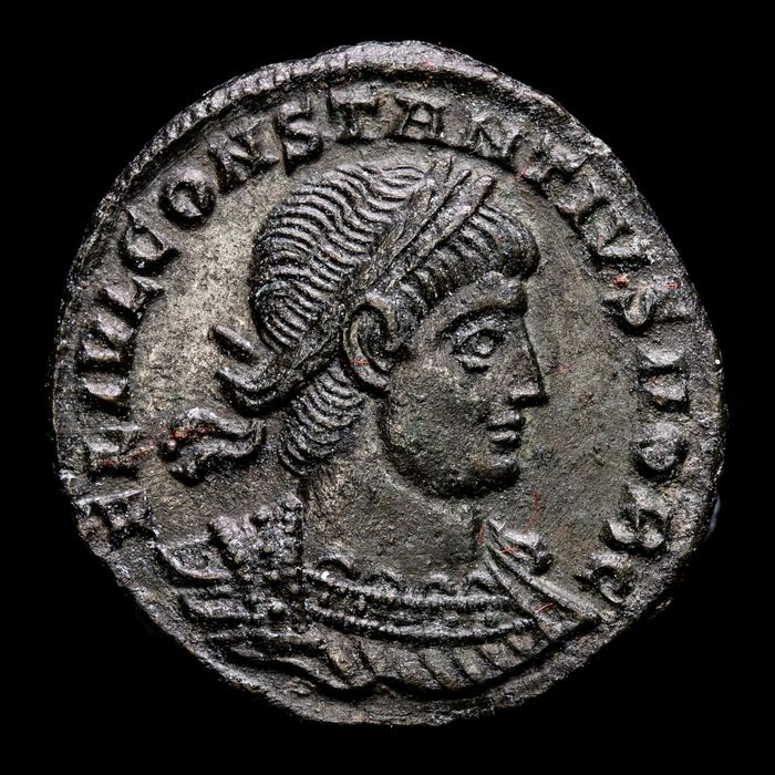 Roman Empire. Constantius II (AD 337-361). Æ 1/2 Follis,  Siscia, AD 334-335 - GLORIA EXERCITVS / ΓSIS , Two soldiers standing holding spear and shield