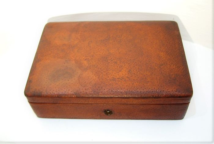 Antique jewelry box covered with leather - Leather wood velor