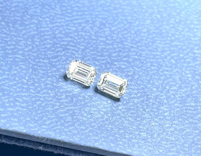 2 pcs Diamanti - 0.75 ct - Smeraldo - I, J - VVS1, VVS2