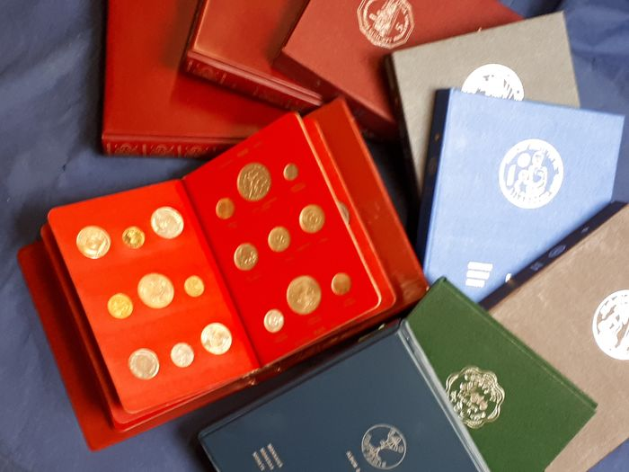 Wereld. Collection various coins 1969/1981 'FAO' (± 350 coins) in 9 albums