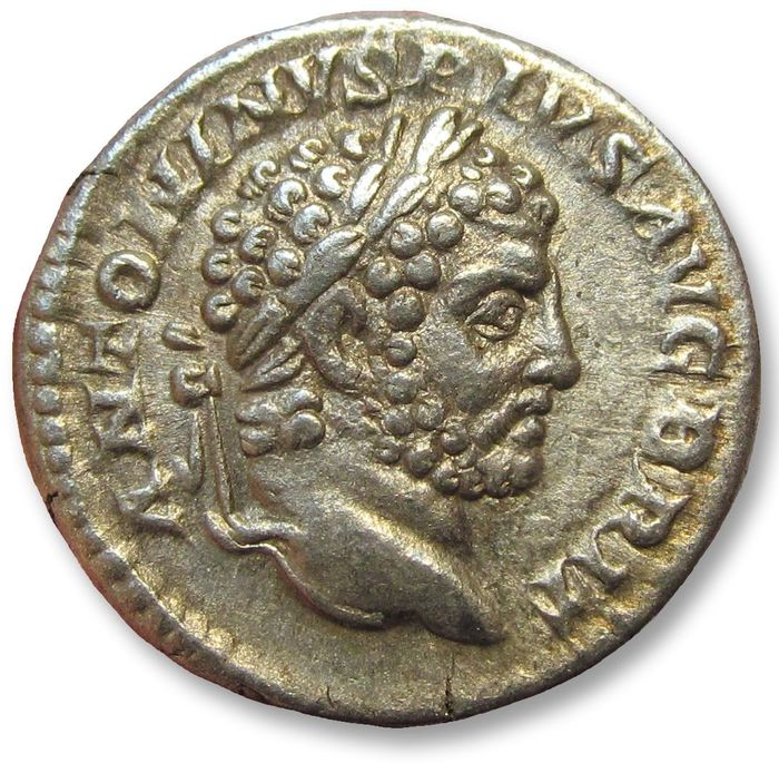 Romeinse Rijk. Caracalla (198-217 n.Chr.). AR Denarius,  Rome mint AD 213 - PROFECTIO AVG - may refer to his departure for his Parthian campaign - beauty