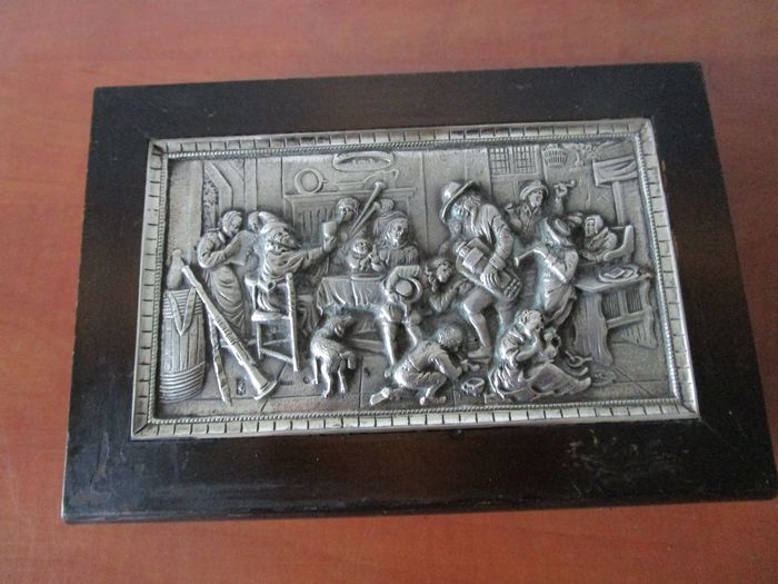 beautiful jewelry box with silver plated plaque old Dutch scene Jan Steen (1) - Biedermeier - Silver-plated wood