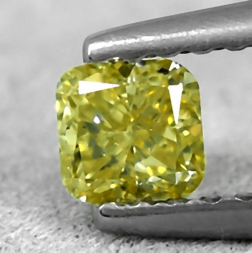 Diamante - 0.31 ct - Cojín - light greenish Yellow - VS2