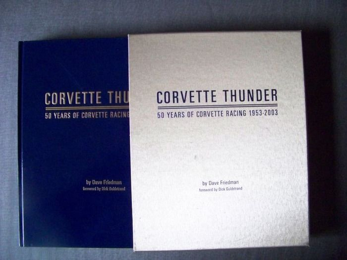 Libros - Corvette Thunder - 50 Years of Racing 1953-2003 - Corvette